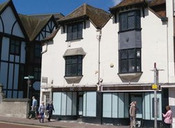 8-10 High Street, Kingston upon Thames, KT1 1EY
