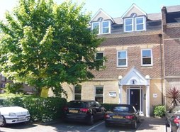 1 Quintet Buildings, Churchfield Road, Walton on Thames, KT1 2TZ