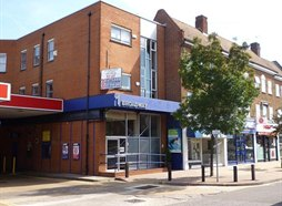 1 The Broadway, Tolworth, KT6 7DQ